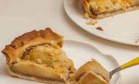 Tarte aux poires, crème de châtaignes et amandes