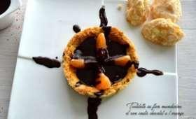 Tartelette au flan mandarine et son coulis chocolat à l'orange
