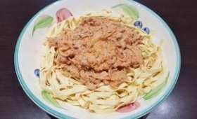 Tagliatelles au thon et à la tomate