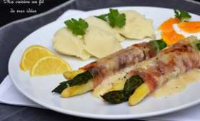 Roulades gratinées d'asperges blanches et vertes au jambon cru italien, béchamel citronnée au parmesan