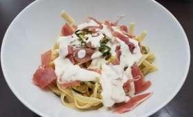 Tagliatelles jambon Italien courgettes