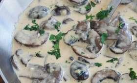Sauce crème de parmesan aux champignons