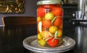 Tomates cerises en saumure