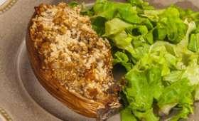 Aubergines farcies à la semoule et aux saucisses