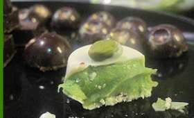 Chocolats maison fourrés à la ganache de pistaches