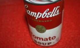 Cake à la soupe de tomate Campbell's et mozzarella