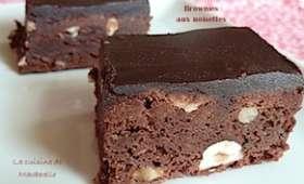 Brownies aux noisettes, glaçage cacao et beurre salé