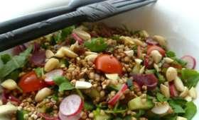 Sarrasin croquant aux petits légumes, magret séché, amande