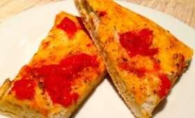 Focaccia aux tomates et gros sel