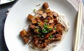 Poêlée de tofu, shiitakés et pousses de soja au mirin et sauce soja