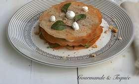 Feuillantines au sarrasin, chèvre et salade aux noix