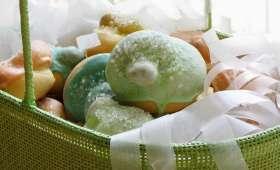 Biscuits de Pâques italiens en forme de noeuds-rubans