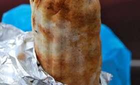 Shawarma libanais au poulet, en galette pita (Liban)