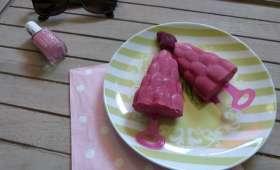 Popsicles framboise, fraise et yaourt