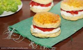 Sandwich façon scones au Fromage Kiri et thym