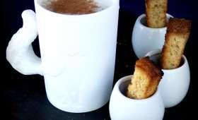 Lait chaud à la crème de marrons et vanille