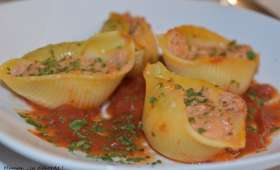 Conchiglioni farcis à la tomate et au thon