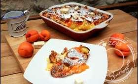 Clafoutis aux abricots, nougat et Cointreau
