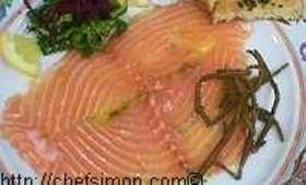 Carpaccio de saumon genièvre et basilic