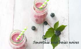 Smoothie aux baies noires