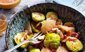 Salade de choux de Bruxelles, lardons, amandes, pomélo