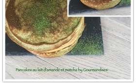 Pancakes au lait d'amande et matcha