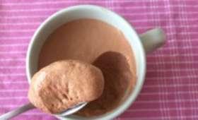 Mousse sans oeuf au chocolat et caramel