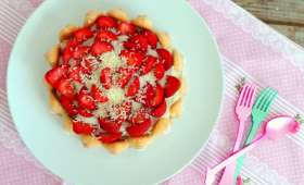 Tiramisu tarte façon charlotte fraises et chocolat blanc