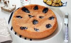 Gâteau de pommes de terre Bonnotte aux pruneaux