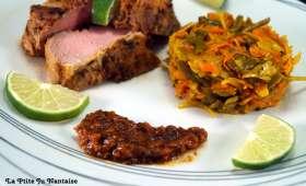 Filet mignon de porc mariné et achards de légumes