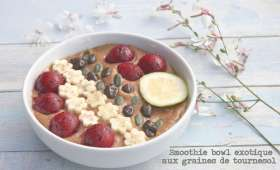 Smoothie bowl exotique aux graines de tournesol