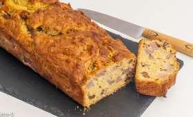 Gâteau du matin aux poires et aux noix