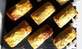 Gâteaux à la semoule et aux poires