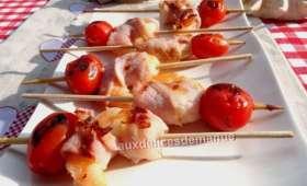 Mini brochettes de crevette au bacon et tomates