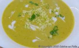 Velouté de chou fleur, lentilles corail, carottes, curry, citron vert et crème de coco