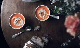 Velouté courge musquée, carottes et crème d'amande