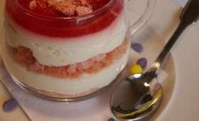 Cheesecake sans cuisson citron, insert confit de fraise