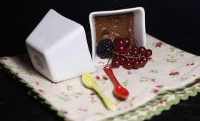 Petits pots de crème au chocolat et au thé