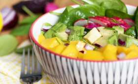 Salade de mangue et épinard