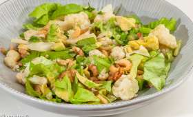 Salade de chou fleur, avocat et crevettes