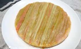 Tarte crémeuse à la rhubarbe