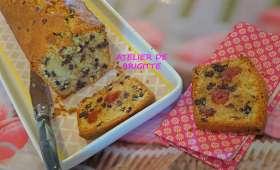 Cake pépites de chocolat et cerises confites