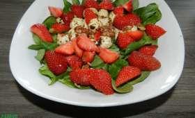 Quand les fraises se marient avec la salade