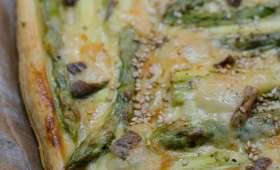 Tarte aux asperges et aux graines de sésame