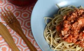 Spaghettis au blé complet, sauce au thon
