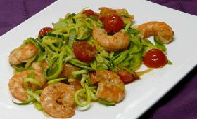 Spaghettis de courgettes aux crevettes - Simple & Gourmand