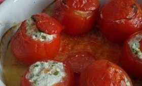 Tomates farcies au chèvre frais et aux crevettes