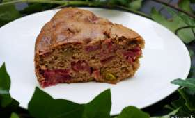 Gâteau moelleux rhubarbe épices