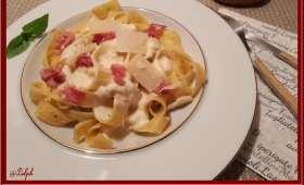Tagliatelles aux truffes de Toscane et sa crème de Parmesan