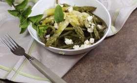 Salade de haricots verts et asperges à la mayonnaise au pesto